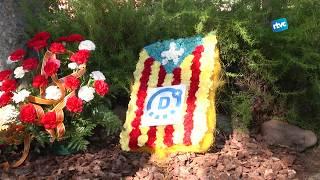 Ofrena Floral al monument Onze de Setembre