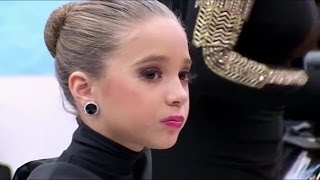 Dance Moms - Abby gives out to Mackenzie (season 4 episode 09)