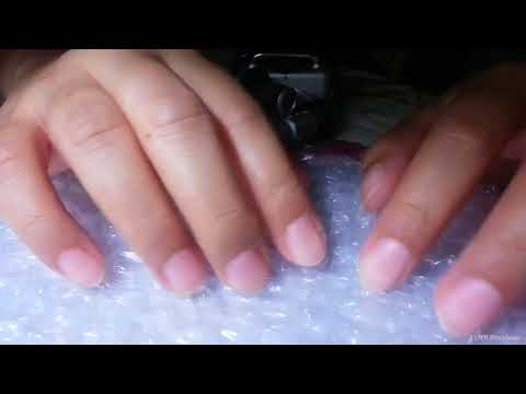 [ASMR] Playing with Bubble Wrap - Caressing Scratching