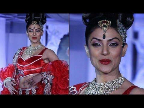 Sushmita Sen Reveals Her Marriage Plans!