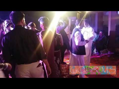 Best Dance Ever On Song Mere Raskh Qamar