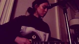 Смотреть клип Holly Humberstone - Early Am Wishing