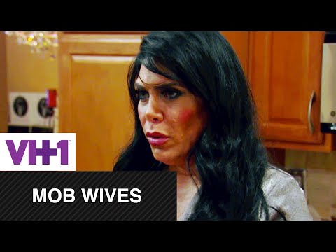 Mob Wives  Renee Catches Up With Carla  VH1