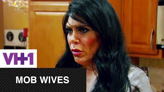Mob Wives | Renee Catches Up With Carla | VH1