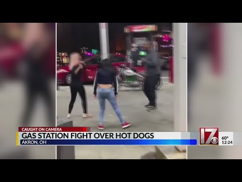 C-Rob Blog (58472) - Big Brawl Over Stolen Hot Dogs?!