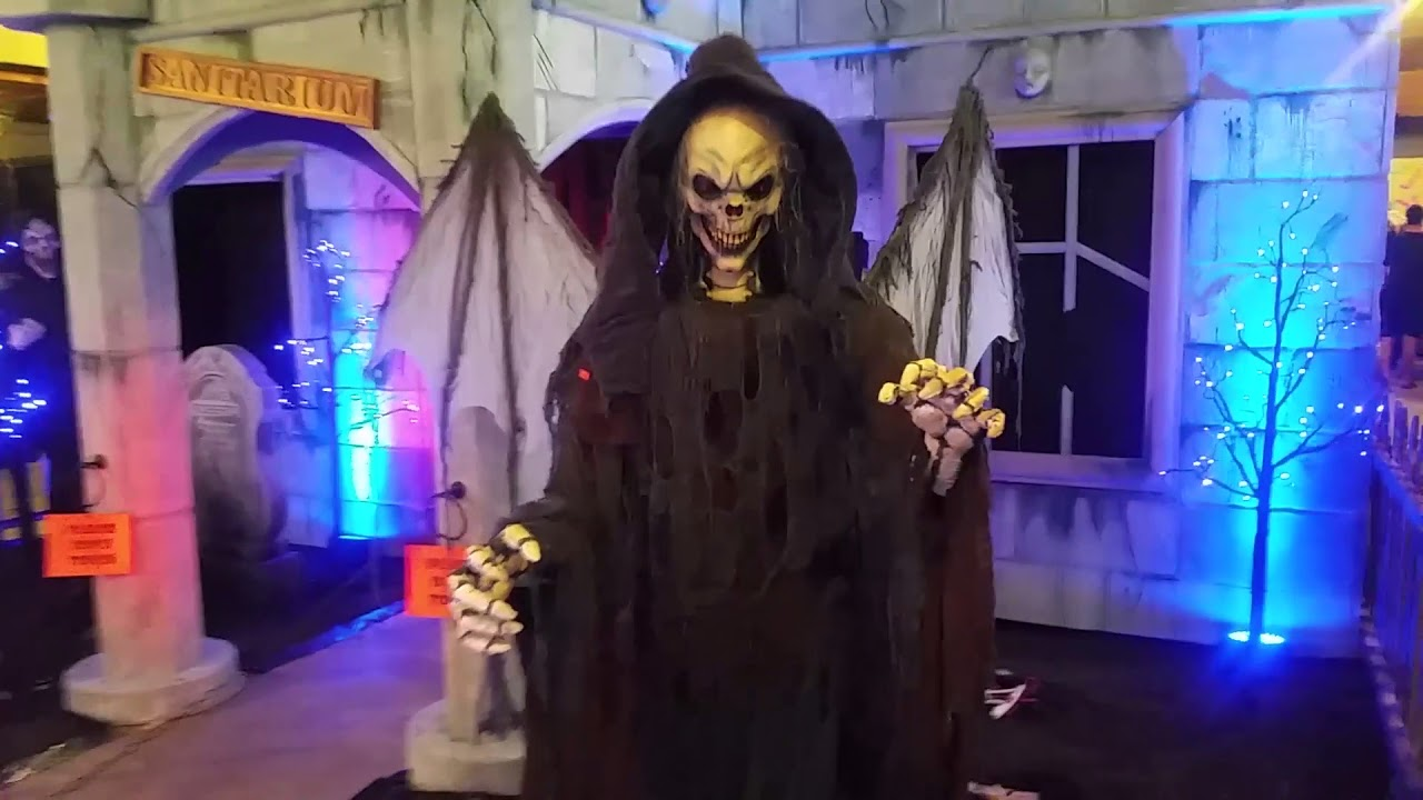 the best halloween store ever 2017 highlights youtube