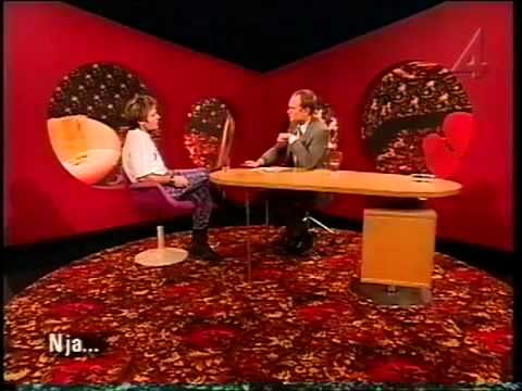 Iron Maiden - Bruce Dickinson Interview Sweden 2000 (TV Appearance). (Re-up)