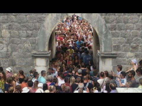 Croatie : Dubrovnik, perle de l'Adriatique, étouffe sous le poids du tourisme
