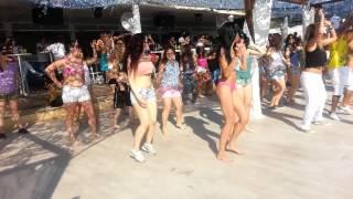Baixar Fuego Latin Club ΛΑΤΙΝ BEACH PARTY BIKINI