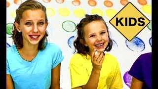Learn English Colors! Rainbow Paint Dots with Sign Post Kids!