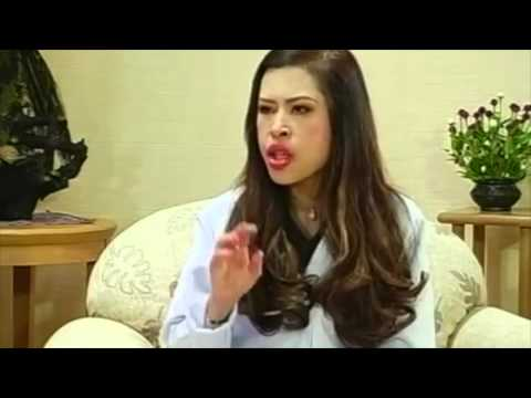 Beautiful Thai Princess Chulabhorn talks about music