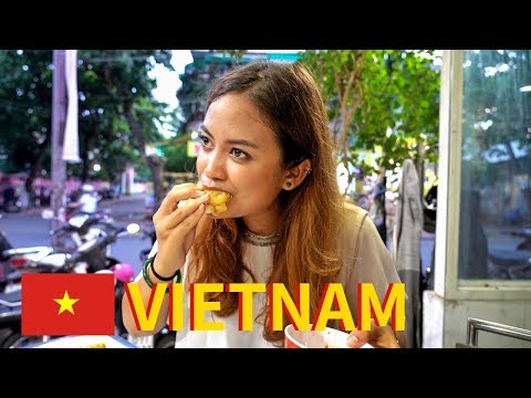CENTRAL VIETNAMESE FOOD in Huê Imperial City