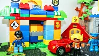 Мультик про машинки Lego - Строим Лего Автосервис - Ремонтируем машинки