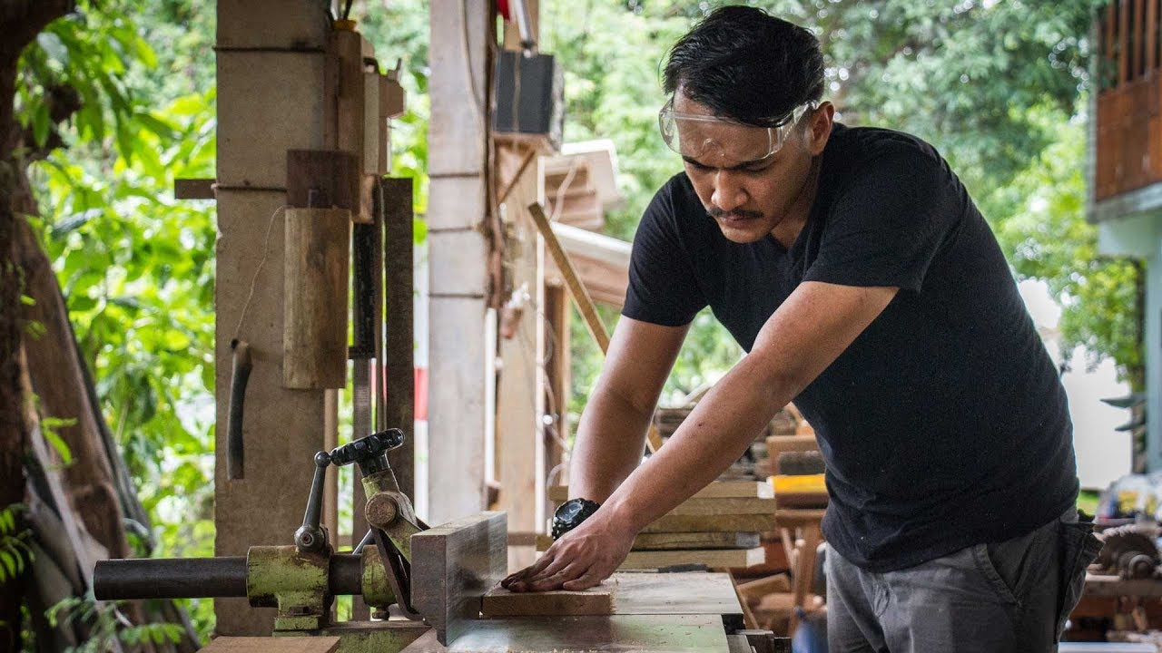 นักออกแบบงานไม้