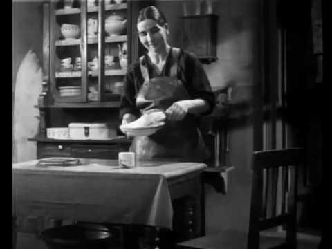 Opening of Fritz lang's M (1931)