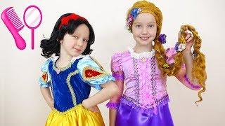 Лиза и Ника в салоне для принцесс