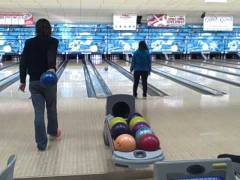 iQ Academy Bowling Party.wmv