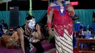 GUYON MATON  - ENTIT - GARENG VS INDRI  SANGKURIANG LIVE IN BATURETNO
