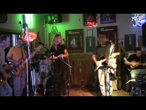 Two More Bottles of Wine by Emmylou Harris performed by sToneFish
