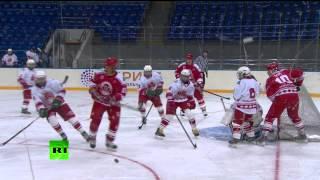Путин сыграл в хоккей с командой учащихся центра «Сириус»