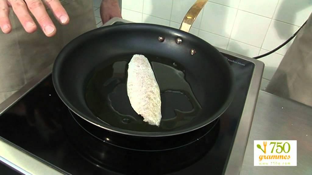 cuire un filet de poisson 750 grammes youtube. Black Bedroom Furniture Sets. Home Design Ideas