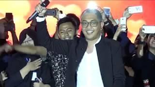 Dudy Oris ex Yovie & Nuno - Janji Suci Live at UNIVERSITAS AIRLANGGA SURABAYA