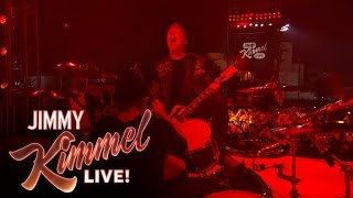 """Metallica Performs """"For Whom the Bell Tolls"""""""