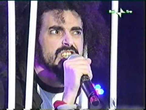 Caparezza - La mia parte intollerante [live @ primo maggio 2006]