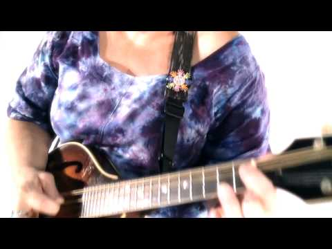 Saffire - The Uppity Blues Women - Bald Headed Blues - THE VIDEO