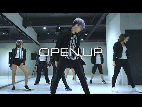 Produce 101 - Open Up | Stoppie Choreography Cover