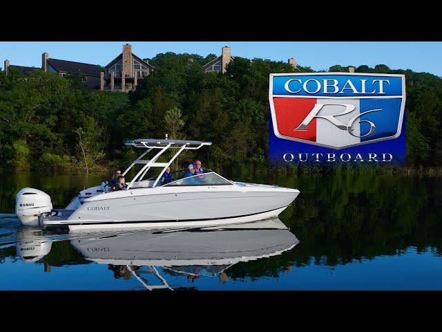Cobalt R6 Outboard Walk-Around
