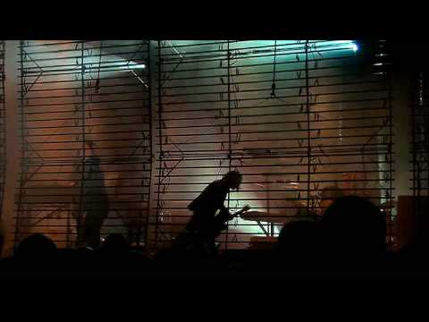 Nine Inch Nails - Somewhat Damaged 720p HD (from the BYIT bonus material)