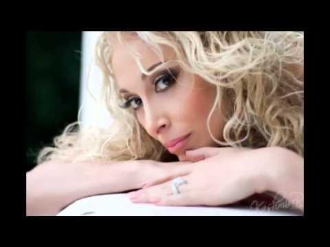 Стелла Джанни Огонек текст песни. Трек Стелла Джанни - Огонек (Гори, гори, ты только гори...) в mp3 256kbps