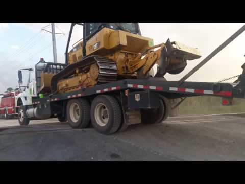 3x SOUTH CAROLINA FORESTRY COMMISSION BULLDOZER TRANSPORTS RESPONDING CODE 3!!!