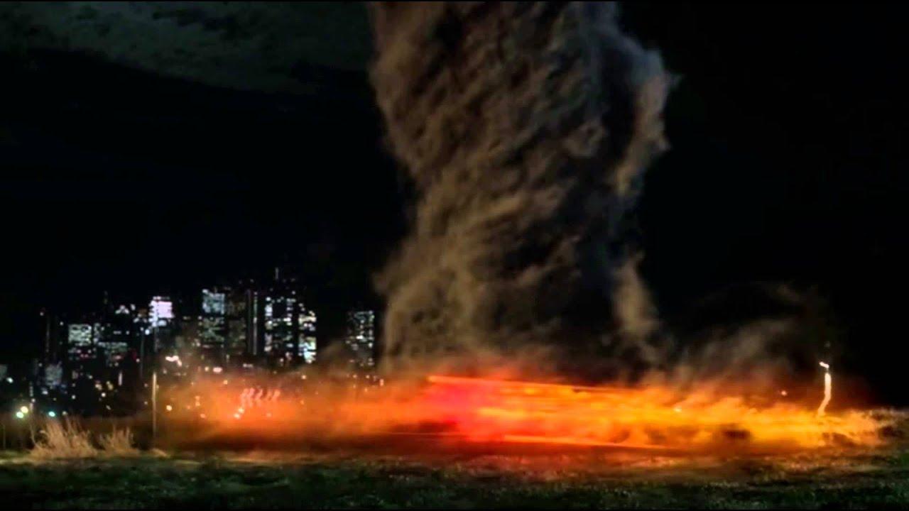 "The Flash SE1EP1 ""Tornado Scene"" - YouTube"