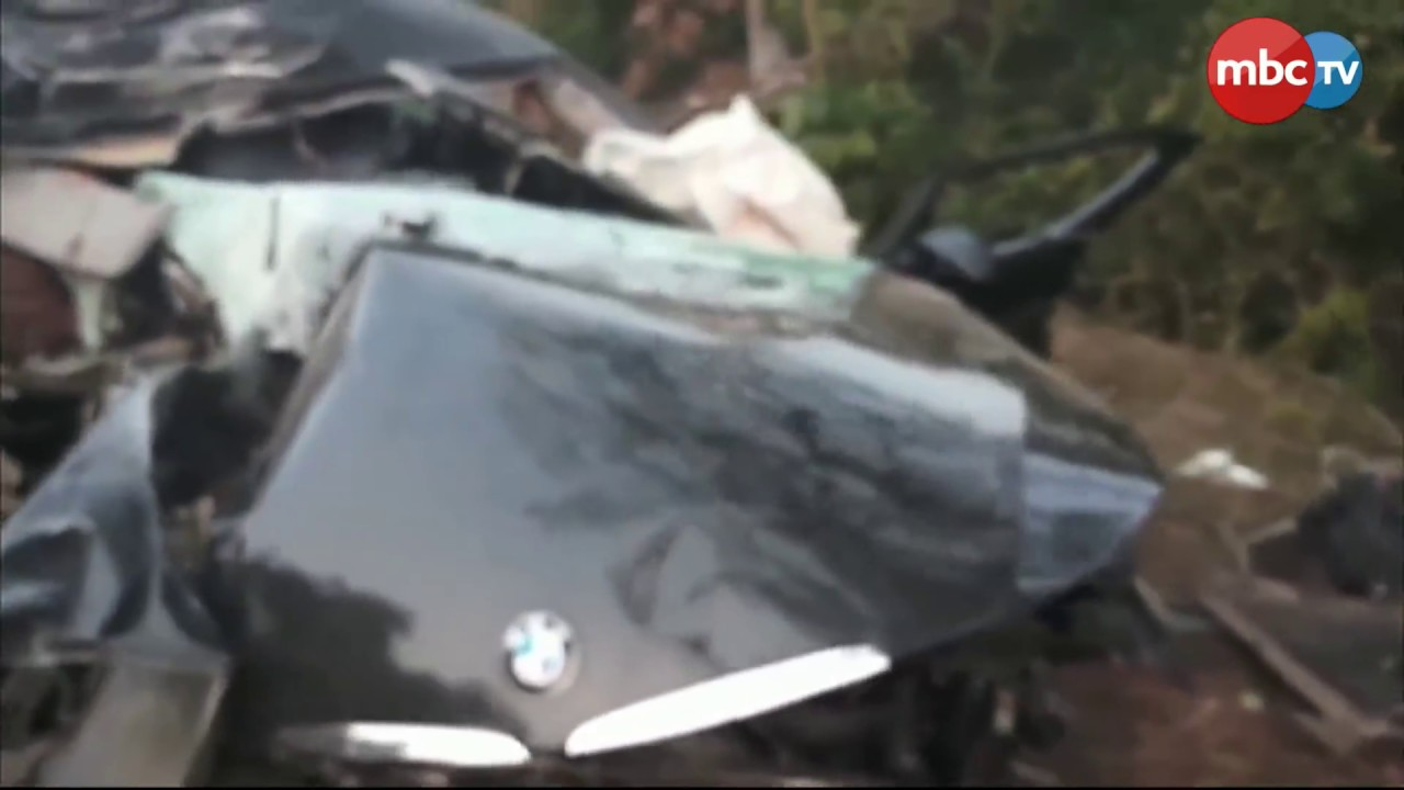 bmw car shatters in road accident at puri-konark marine drive; 1