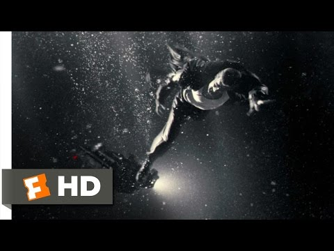 Sin City (1/12) Movie CLIP - I'll Be Right Out (2005) HD