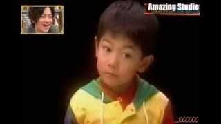 Takeru Sato watching his young self. This video has no audio becaus...