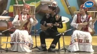 'Komose' Orchestra By Kirgistani Artist At Surajkund Crafts Mela 2014