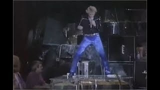 Johnny Hallyday - Live - 1982 - Whole lotta Shakin' going on  HD