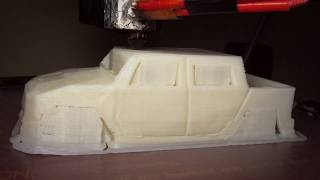3D printing Hummer H2 body. Time-lapse