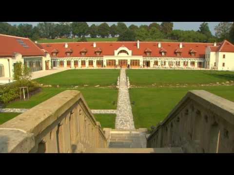 Atemberaubender Blick auf das Schloss Thalheim in Niederösterreich