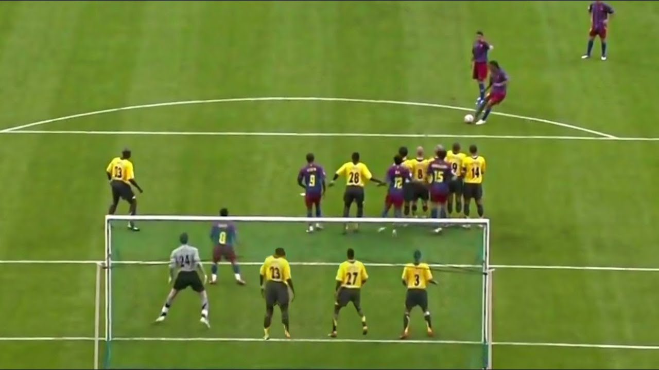 When Magic is used in Freekicks making it Impossible to Stop !!