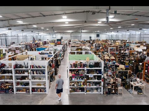B-N-G Movies and Games: Midway Antique Mall