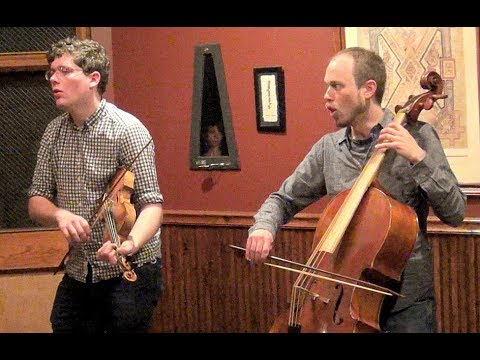 "Tim Macdonald & Jeremy Ward ""Auld Lang Syne"" LIVE Galway Arms Chicago 11/4/2017"