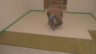 видео Самый распространенный и простой пол на балконе