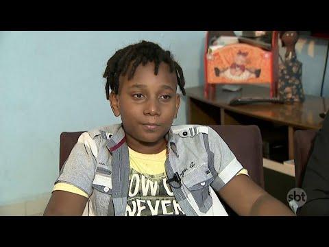 Menino que tem transtorno de déficit de atenção não é aceito em escola | Primeiro Impacto (23/04/18)