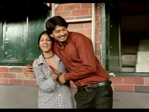 Railway Station Movie Scenes - Sandeep hugging Shravani - Shiva