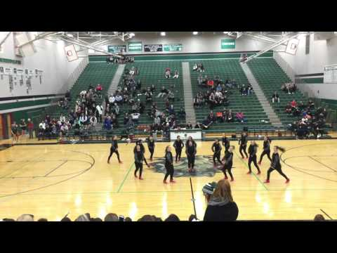 Basketball halftime performance: hiphop competition piece