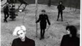 Xmal Deutschland - I Should Have Known